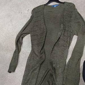 Dark green long, long sleeve cardigan